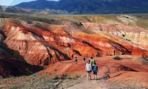 Радужные горы на Алтае