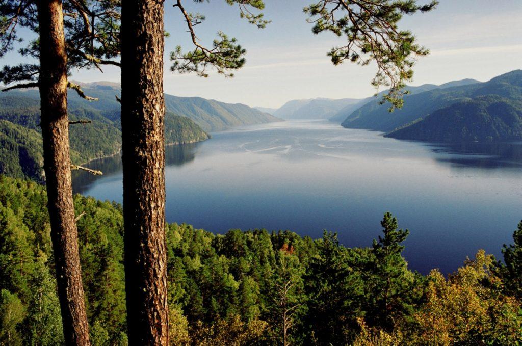 Телецкое озеро природа
