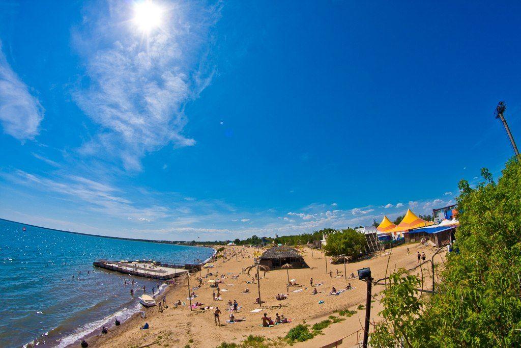 Озеро Яровое пляж