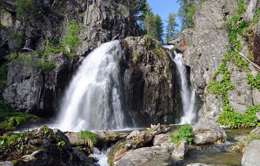 Муехтинский водопад Чемал