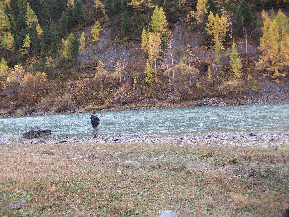 Рыбалка на реке Чуя