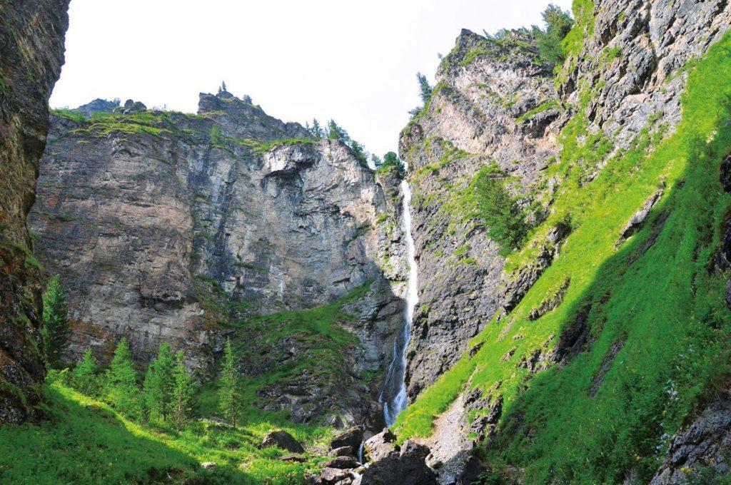 Водопад Шинок Алтайский Край