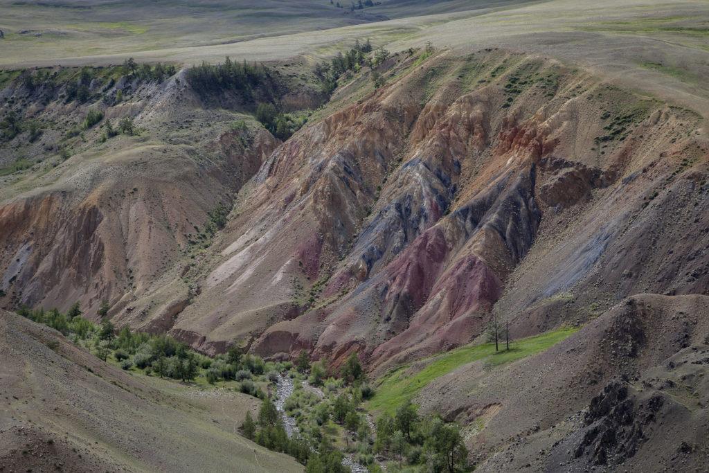 Радужные горы Алтая