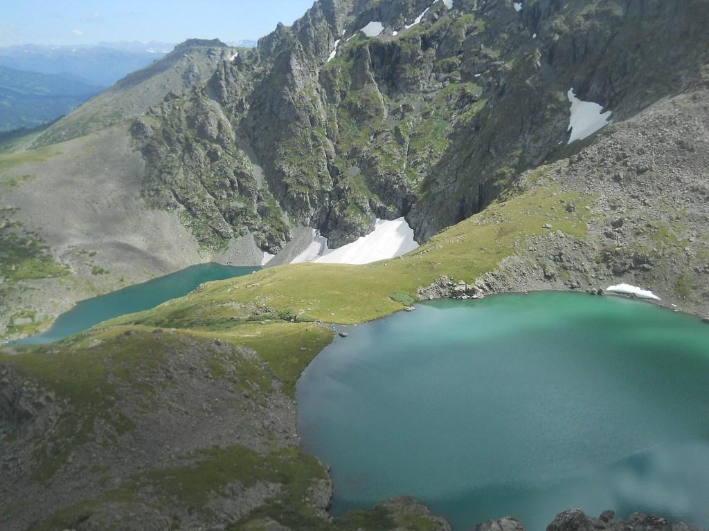 Два озера Горы Красная