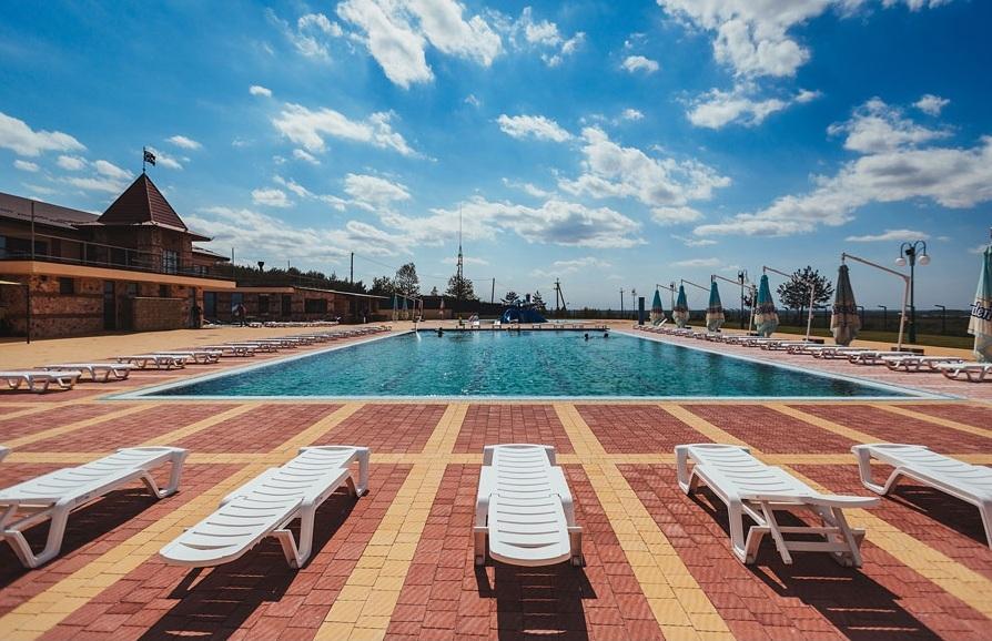 Золотая гора бассейн