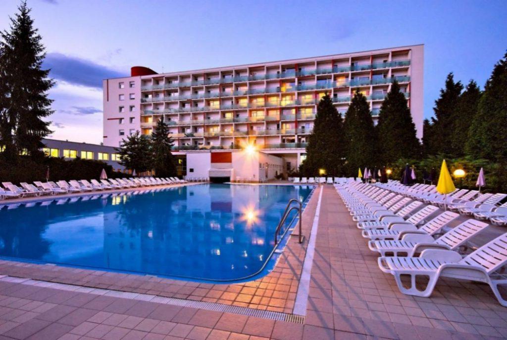 дудинце словакия отель