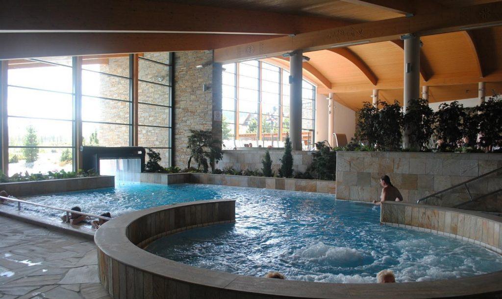 Хохоловские термы бассейн