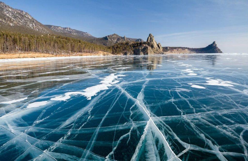 Зимой Байкал