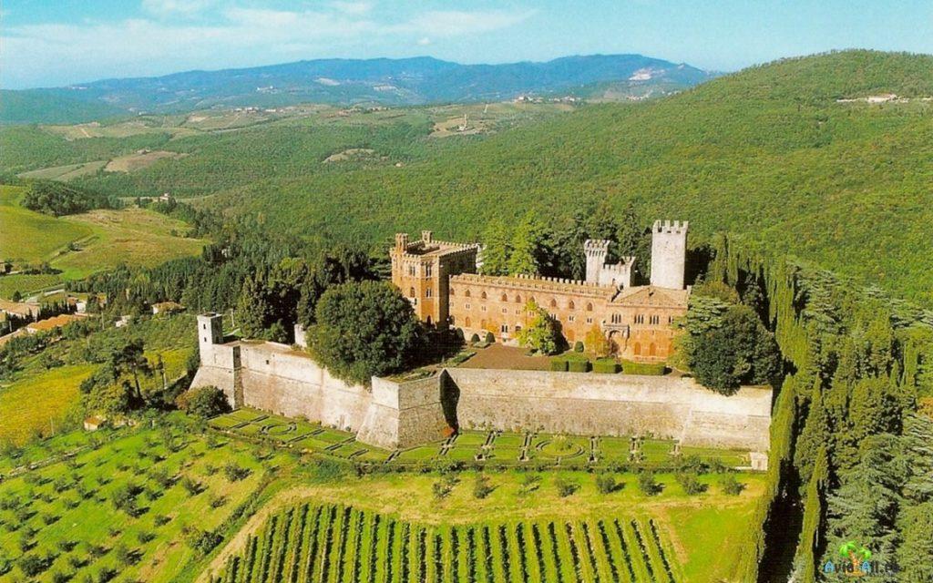 Кастелло замок