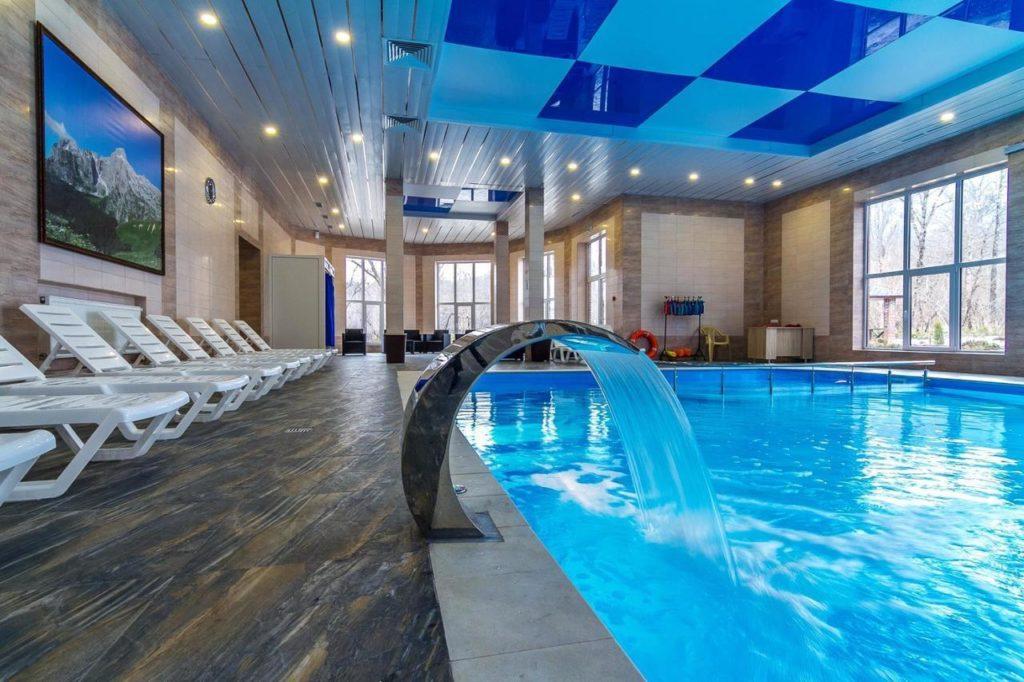 Отель Добрыня бассейн крытый