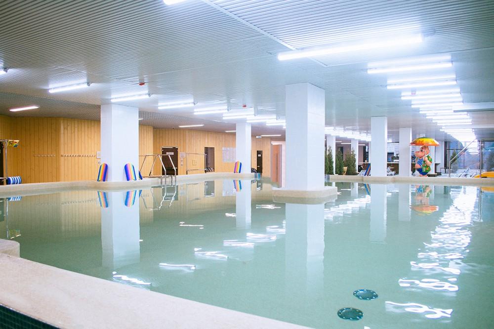 Ижевские термы крытый бассейн