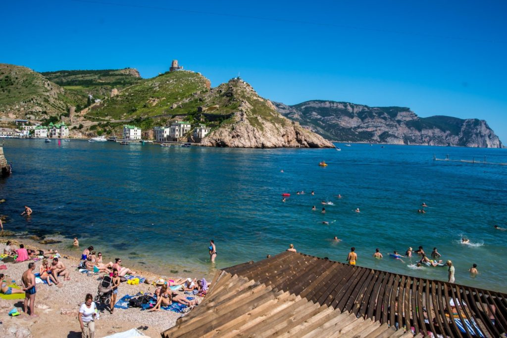 Мраморный пляж Крым