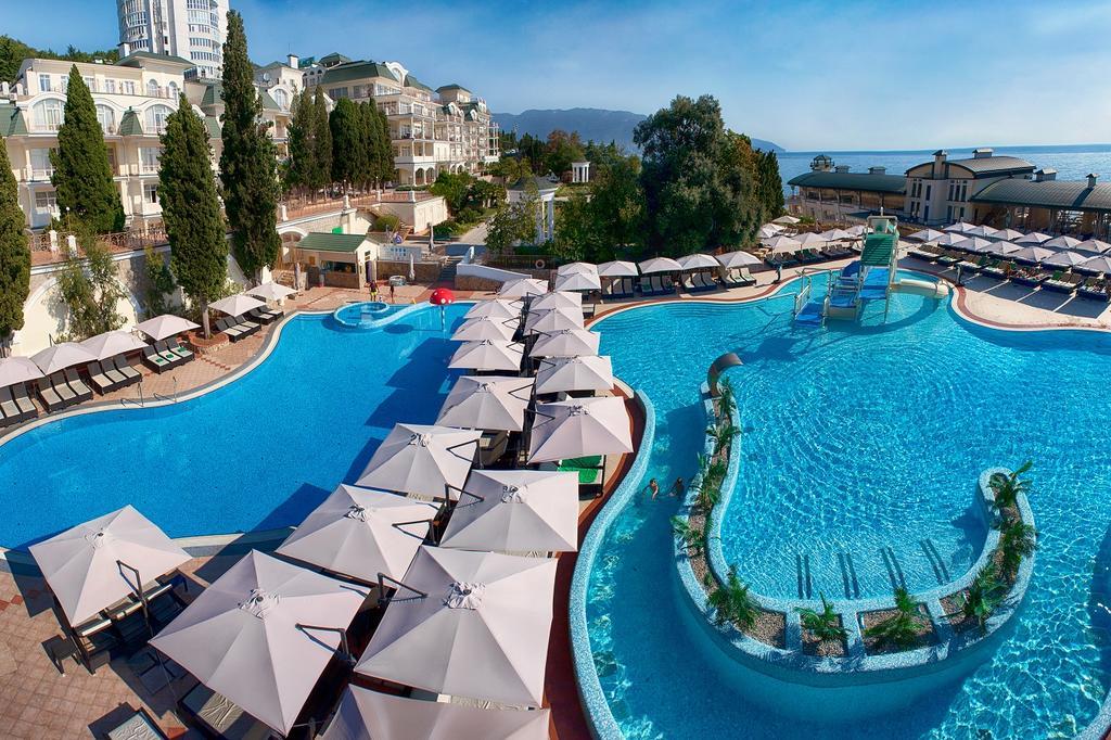 Пальмира отель в Крыму