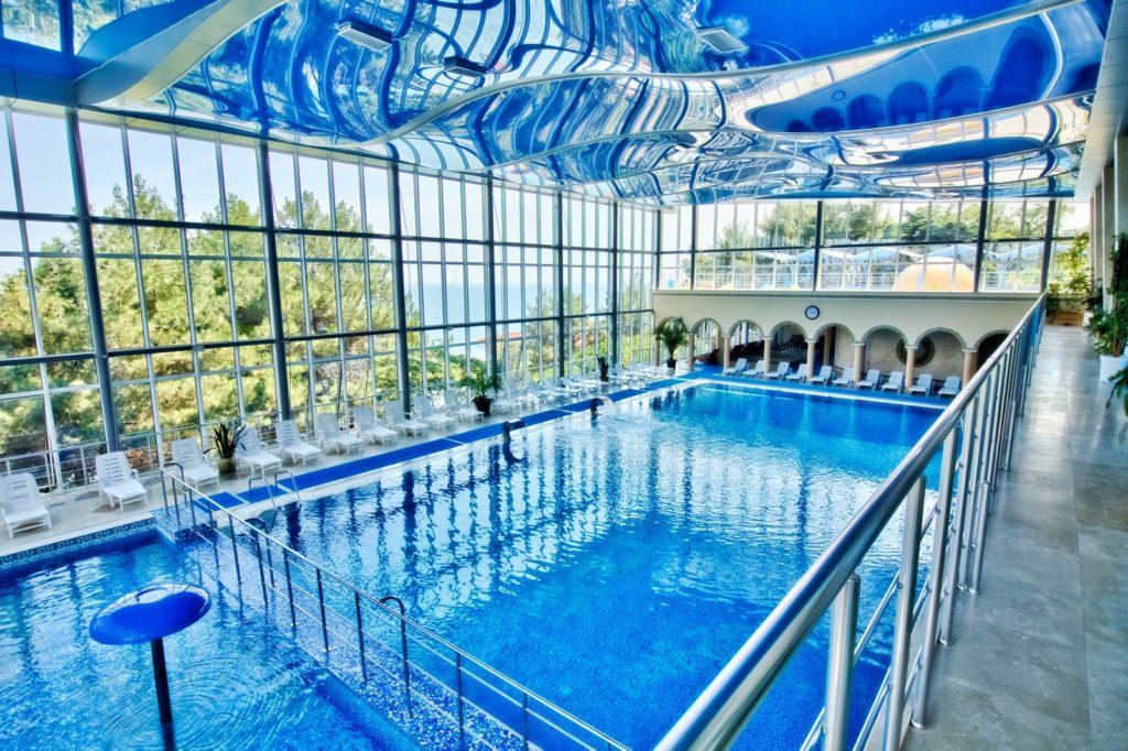 Ай-даниль бассейн