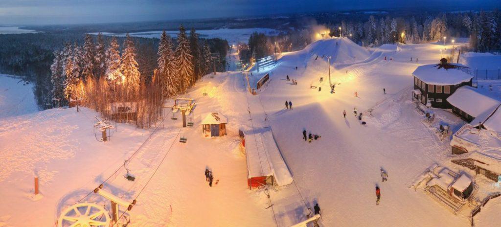 Красное озеро Ленинградская область